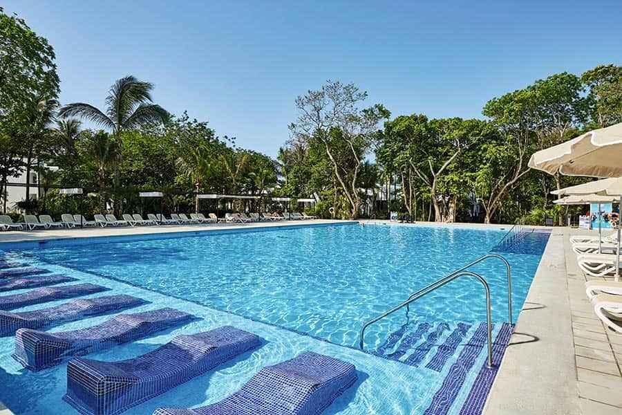 pool-riu-tequila_tcm49-230023