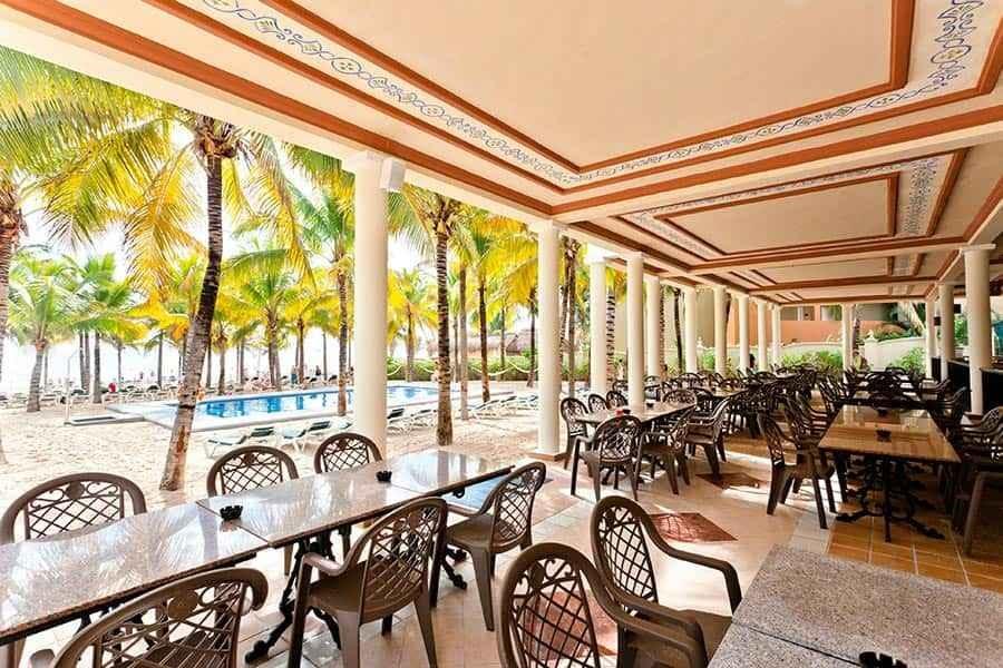 beach-bar-riu-lupita_tcm49-227398