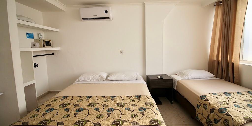 ON VACATION - HOTEL CORAL - HABITACION